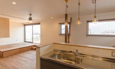 『矢野の家』  2階リビングの家 (キッチン)