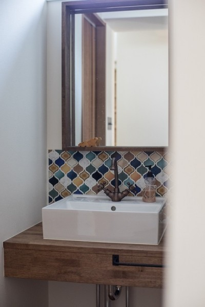 手洗い (『矢野の家』  2階リビングの家)