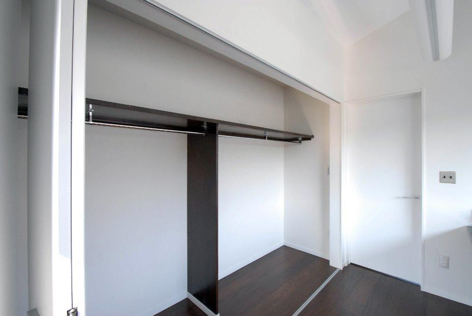 T様邸 藤沢の部屋 大容量のクローゼット-OPEN