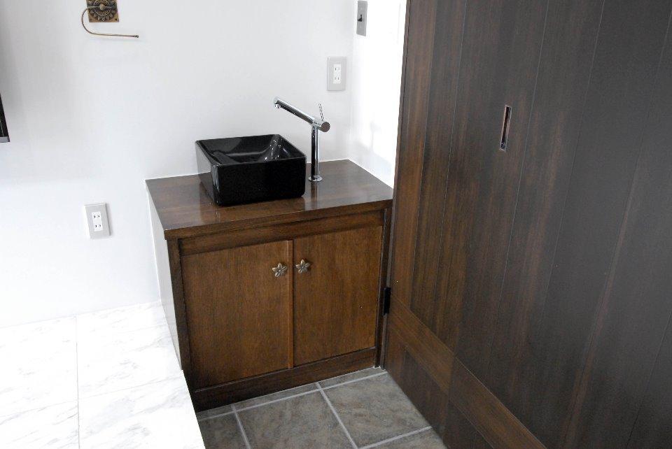 T様邸 藤沢の部屋 手洗いスペースある玄関