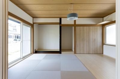青が冴えるナチュラルテイスト空間「Blue door」 (和紙畳を採用した和室)