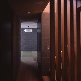 吉祥寺の家 (吉祥寺の家 廊下)