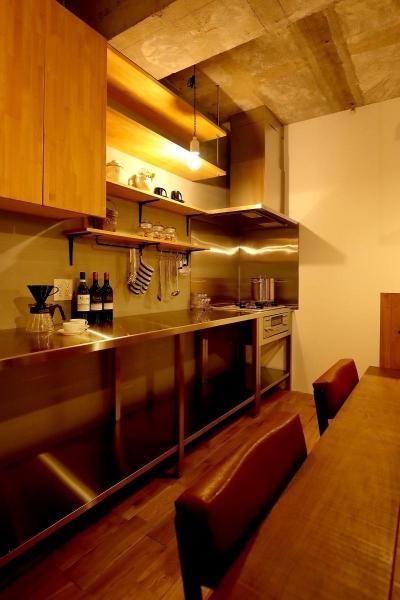 キッチン (素材を活かしたインダストリアルデザインマンション「North Pine」)