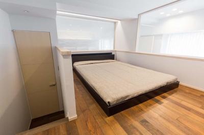 マンション専有内空間を最大限利用。収納プラス 10 ㎡を稼ぐプラン提案!! (ロフト式寝室)