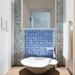 家具をなるべく置かずシンプルに、 自分たちらしい居心地のいい空間にしたい。 (洗面台)