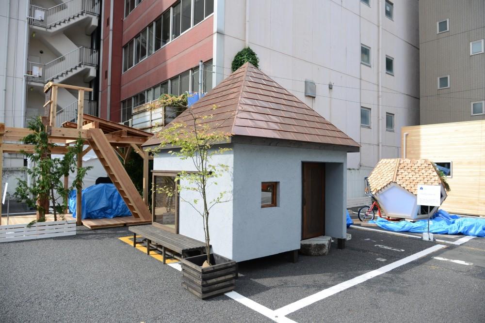 go-sui 癒さない寝床 (銅板葺きの方形屋根)