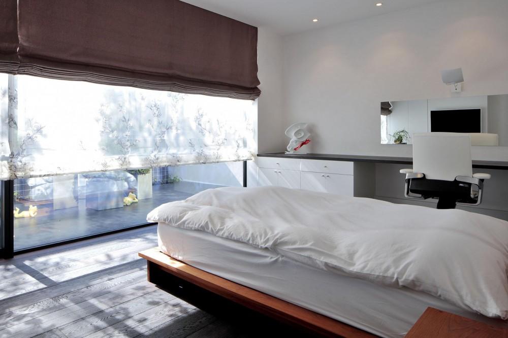 浜田山の家-ギャラリースタイルの家、ミニマリズムの調べ- (ベッドルーム)