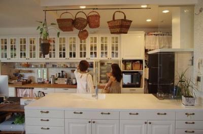 理想のオープンキッチンへ、キッチンリフォーム (奥様の希望がたくさんつまった理想のオープンキッチン)