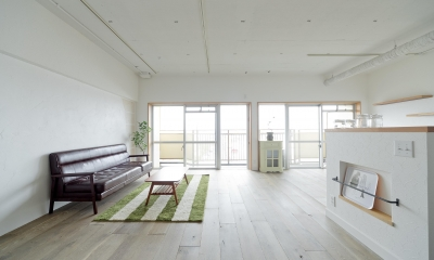 東加古川のリビング、キッチンリフォーム事例|ヴィンテージスタイルの住まい (3LDKだった間取りを1LDKの開放感がある空間に)