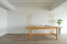 東加古川のリビング、キッチンリフォーム事例|ヴィンテージスタイルの住まい (マンションの一室とは思えない心地よさに溢れている空間)