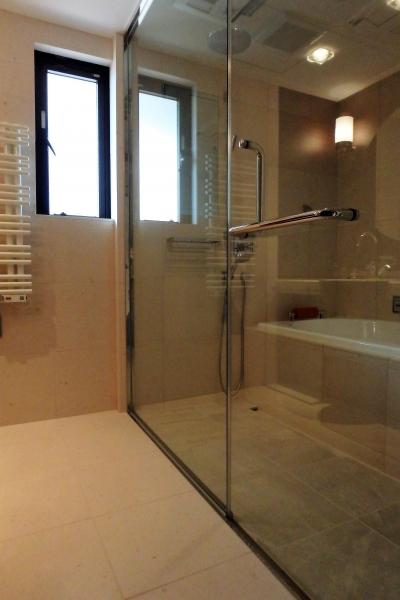 BATH ROOM (ホテルライクに暮らすリノベーション)