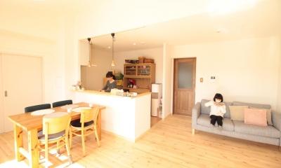 冬でもあったか!パイン無垢フローリングのカフェみたいな家