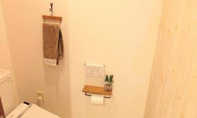 冬でもあったか!パイン無垢フローリングのカフェみたいな家 (トイレ)