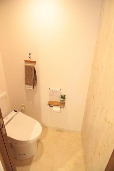 トイレ (冬でもあったか!パイン無垢フローリングのカフェみたいな家)