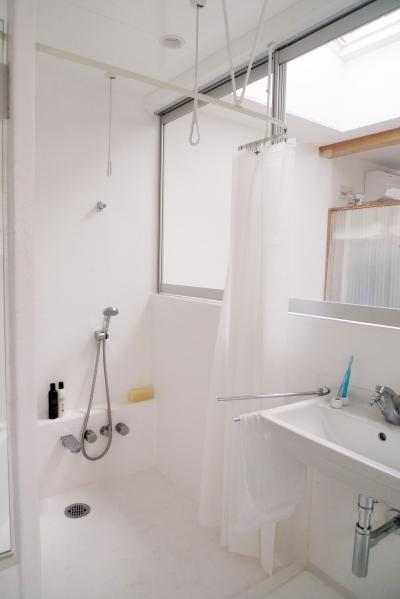 3階洗面・浴室 (10mの家)