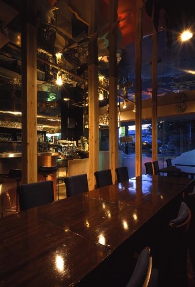 COMUM 001 (bar hosteria COMUM)
