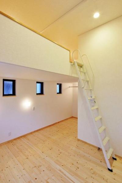 鶴岡の家 (ロフト)
