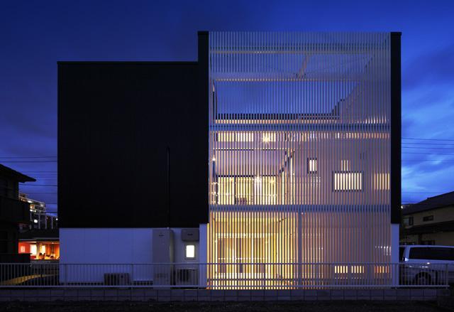 barleymow house (外観-ライトアップ)