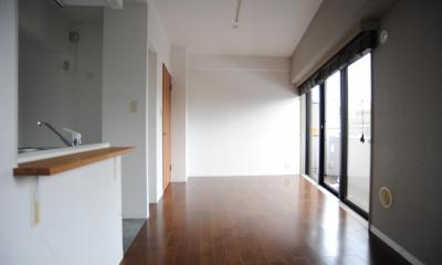 リビング|オリジナル家具がポイントのナチュラルリノベーション(渋谷区・マンション)