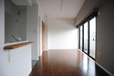 オリジナル家具がポイントのナチュラルリノベーション(渋谷区・マンション) (リビング)