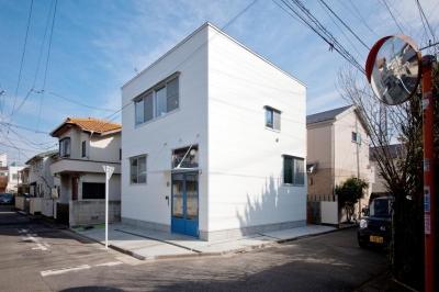 木造の家 (外観1)