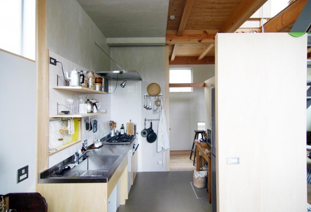 木造の家 (キッチン)