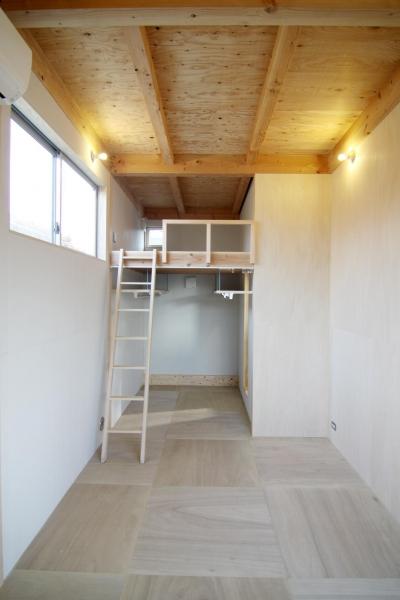 木造の家 (主寝室2)