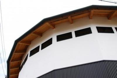 外観 (Library house)