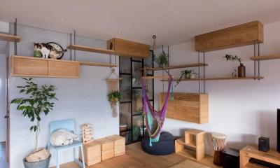 猫と植栽と家具をテーマにしたマンションリノベ(におの浜マンションリノベーション)