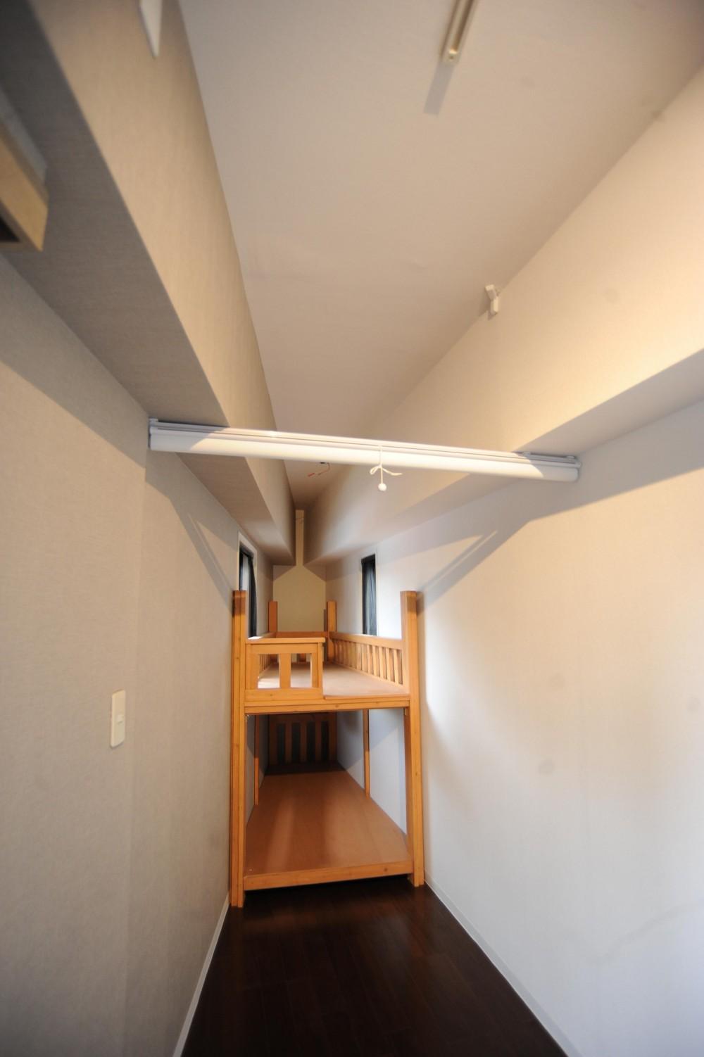 オリジナル家具がポイントのナチュラルリノベーション(渋谷区・マンション) (オリジナル2段ベッド)