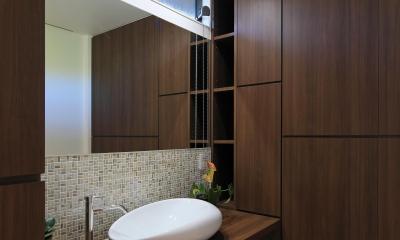 新築を超える古民家リノベーション (洗面室)
