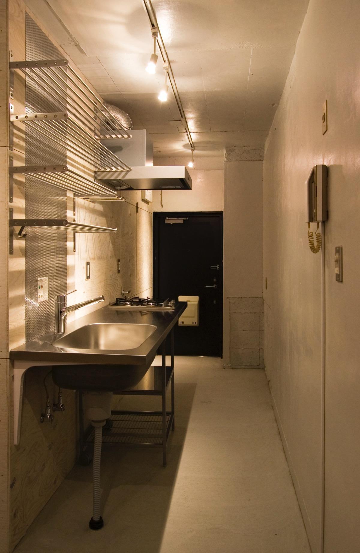 目黒の住宅の部屋 ステンレスキッチン