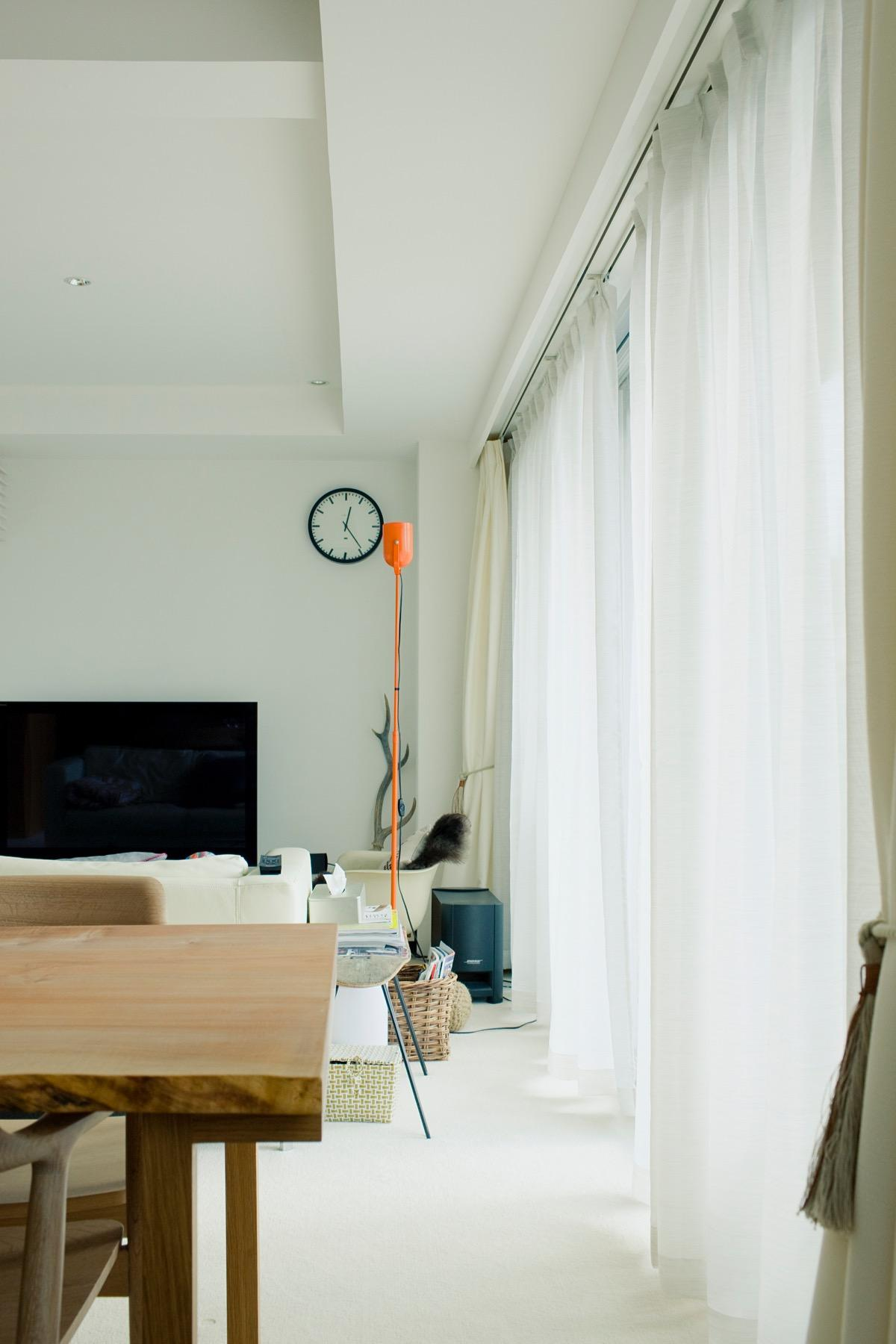 富ヶ谷の住宅の部屋 日差しを感じるリビング