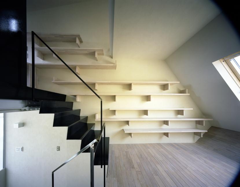 建築家:濱嵜良実「OGI」