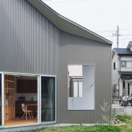 torimichi (風が通る開放的な空間)
