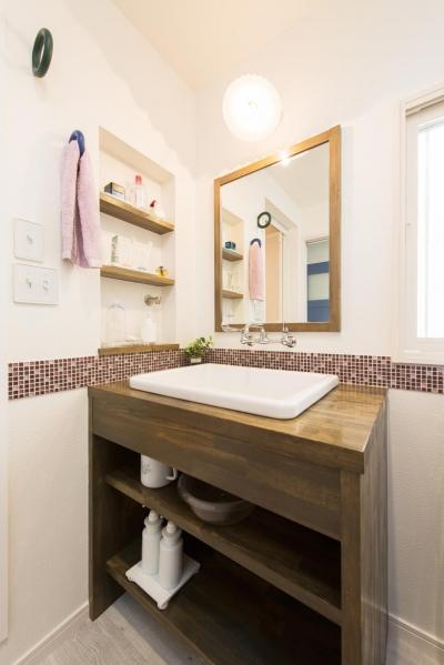 洗面脱衣所 (2×4住宅を二世帯にリフォーム〜外国風インテリアに)
