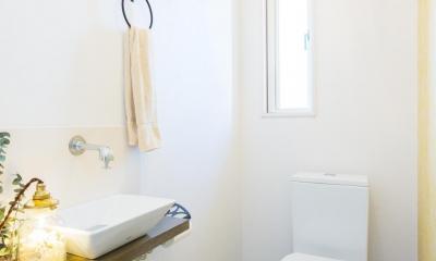 2×4住宅を二世帯にリフォーム〜外国風インテリアに (トイレ)