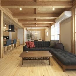 木と鉄骨階段の家-鉄骨階段のあるリビング
