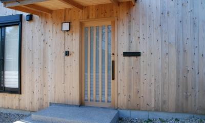 玄関扉|潮見の家