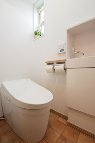トイレ (自然素材でスケルトンリフォーム!増築し、耐震補強も)