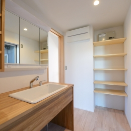 豊田市の家2 (木を感じる洗面室)