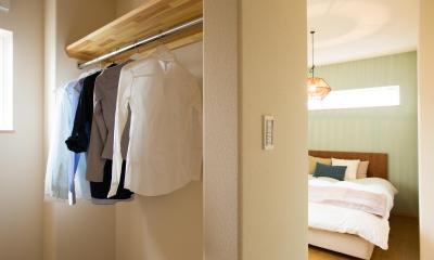 ご夫婦の寝室|ママを楽しくする吹き抜けのあるお家