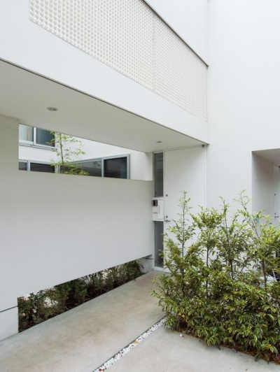 エントランス (三鷹の家)