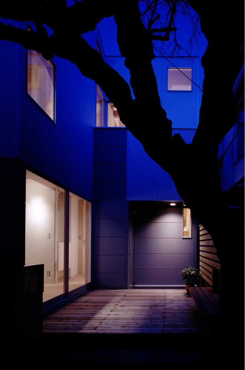 建築家:濱嵜良実「TAN」