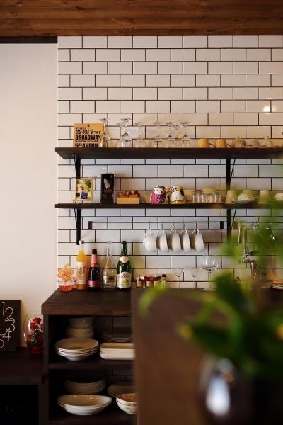 キッチン (ホームパーティするならうちに集合!大勢が集うカフェハウス)