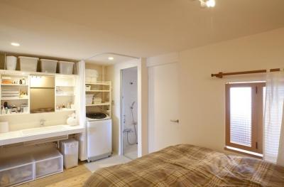 寝室 (g'appa-廊下をつくらず、洗面所もオープンに)