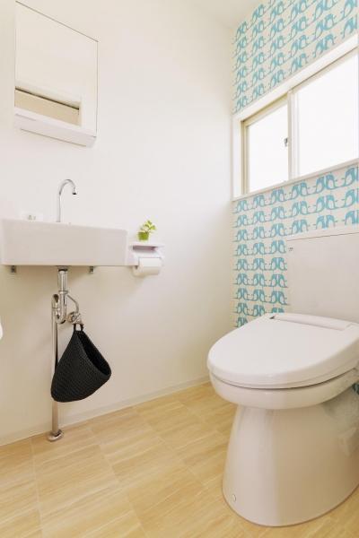 トイレ (横浜市O様邸 ~シンプルの中に~)
