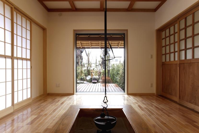 建築家:原 宏「囲炉裏のある家相の良い家」