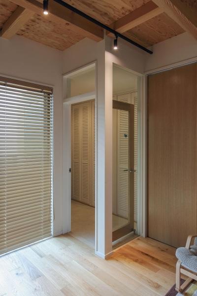 ウッドテラスの家・WOOD TERRACE HOUSE 東京都杉並区 (玄関3)