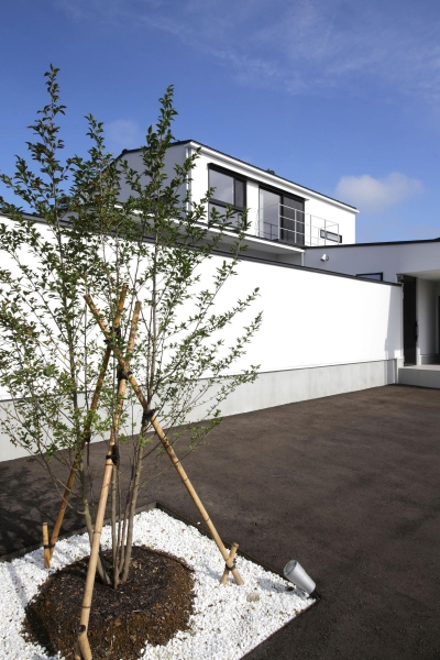 外観3 (中庭を囲む高気密高断熱住宅・T-HOUSE morioka)